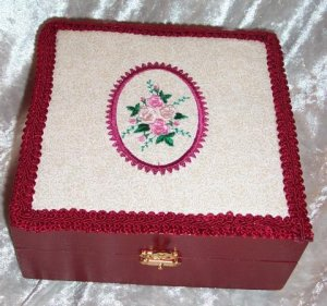 WOODEN TREASURE BOX ~ EMBROIDERED FRAMED FLORAL TOP