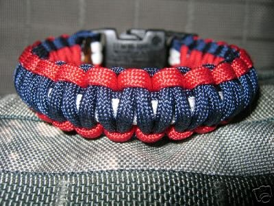550 Cord Survival Bracelet - See why MINE are the best!
