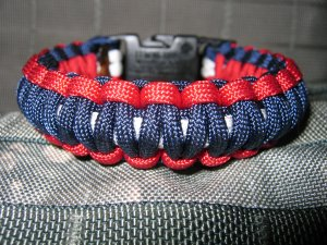 550 Cord Survival Bracelets -See why MINE are the best!