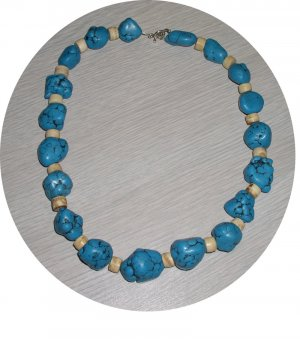 CHUNK TURQUOISE & BONE NECKLACE TN17056