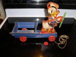 Donald Duck Drum Major #500-463 Blue Cart