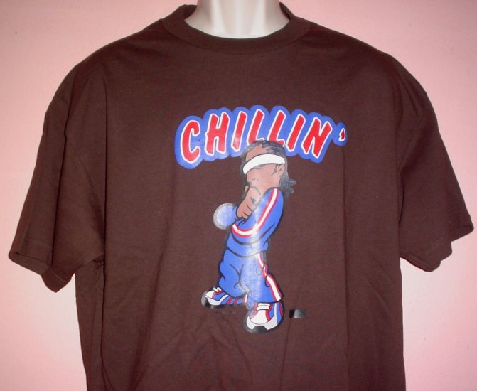 New tee shirt CHILLIN Size Large L