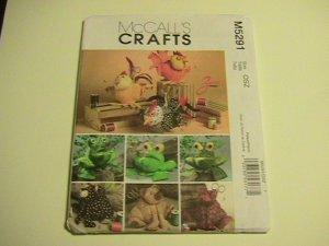 McCalls Crafts Sewing Pattern,  #M5291,Animal Sewing Caddies