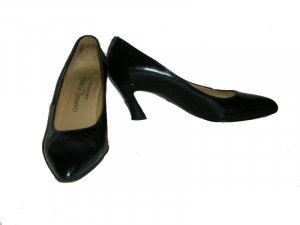 $385 Charles Jourdan Black Patent Leather Pumps Shoes size 8 N AA Narrow