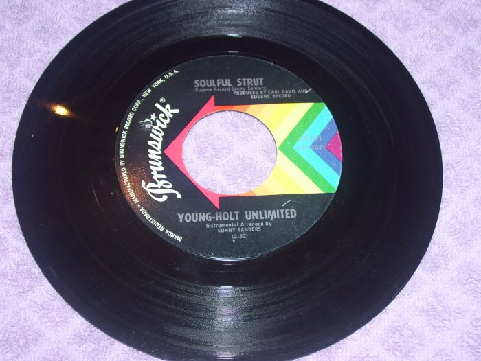 Young-Holt Unlimited Country Slicker Joe / Soulful Strut  Brunswick 55391 Northern Soul 45