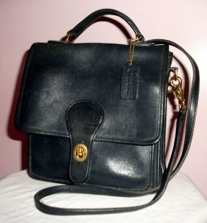 NAVY COACH SHOULDER BAG WITH HANDLE