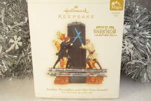 Hallmark 2006 Star Wars Obi Wan Kenobi & Anakin Skywalker Revenge of the Sith Ornament New