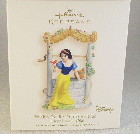 2007 Hallmark Ornament Disney's Snow White ~ Wishes Really Do Come True