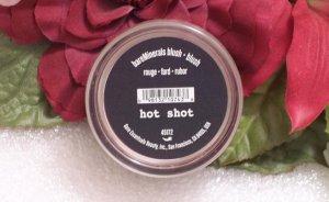 Bare Minerals Escentuals Hot Shot Blush New Fuschia Color .85g Sealed