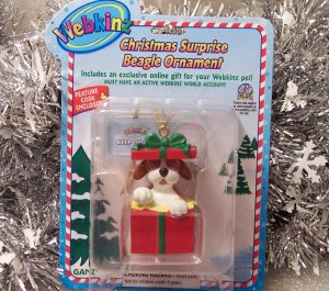 Webkinz Brand New Christmas Surprise Beagle Ornament WE000423 Sealed Code