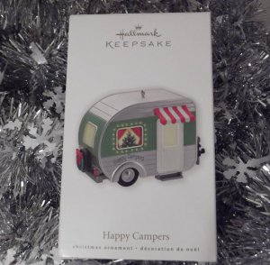 2010 Hallmark HTF Happy Campers Airstream Special Lighting Effect Ornament