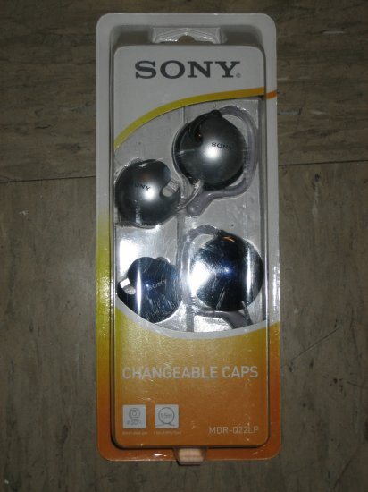 Brand New Sony MDR-Q22LP w.Ear Headphones with Interchangeable Headphone