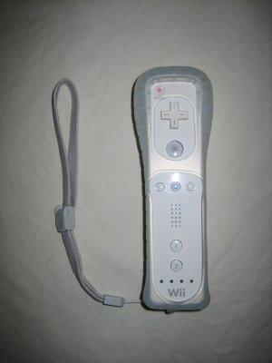 Brand New Official Nintendo Original Wii Remote Skin