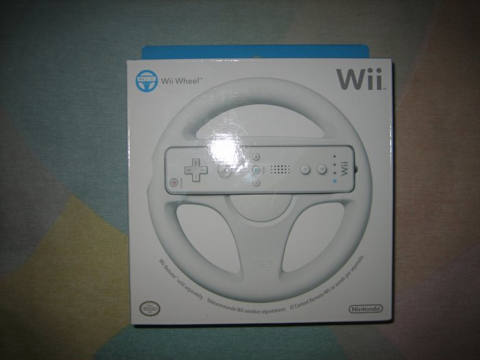 Brand New Official Wii Wheel by Nintendo Sealed