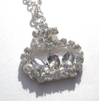 Silver Princess Crown Shaped Pendant w/chain NEW! $4