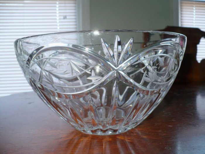 Beautiful Cut Crystal Bowl - Elegant