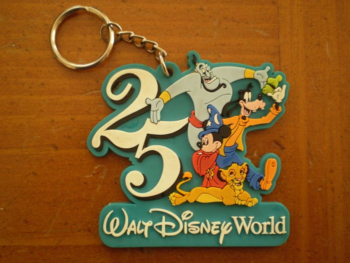 25th Anniversary Walt Disney World Key Chain keychain