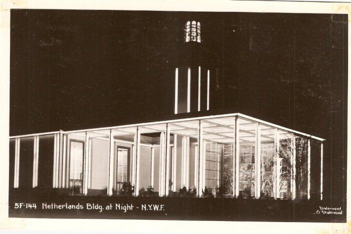 Netherlands Building New York World Fair NYWF vintage postcard