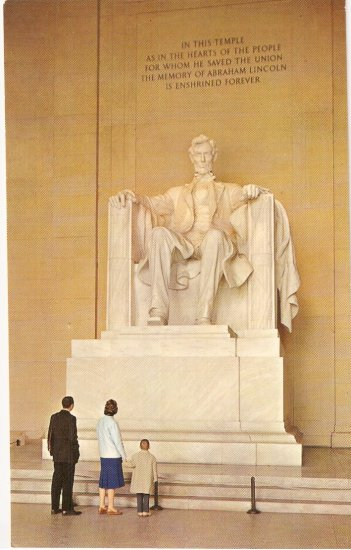 Lincoln Statue Memorial Washington DC vintage postcard