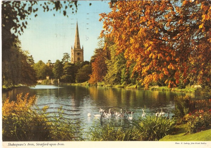 Stratford Upon Avon England Shakespeare Holy Trinity Church vintage postcard
