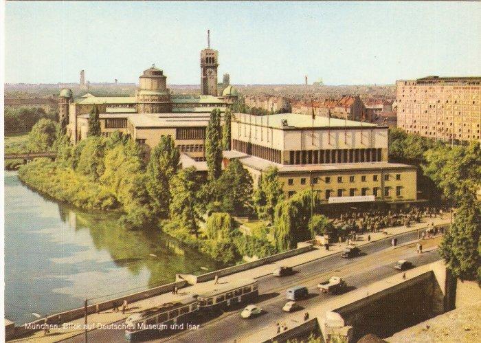 German Museum Munich Deutsches Monaco di Baviera Germany vintage postcard