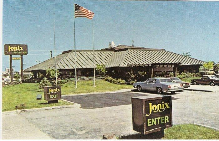 Jonix Restaurant Schaumburg Illinois vintage postcard