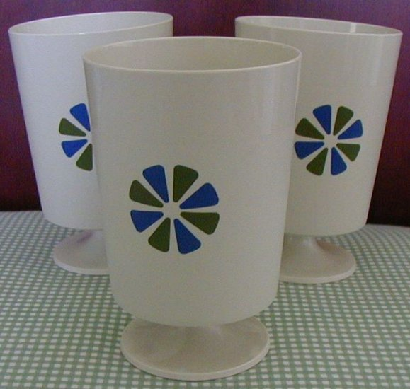 Lot 3 Vintage David Douglas plastic cups Accalac tumbler cup