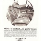 Volvo le confort en gants blancs 121 122 S Vintage Ad April 1966 French
