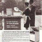 AEG Dishwasher Maid Butler Rain Vintage Ad April 1966 French