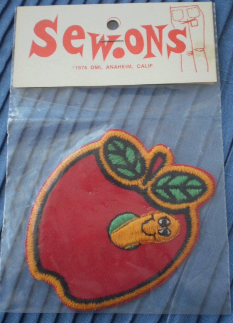 Sew Ons Patch Apple Worm 1974 DMI NOS Ambassador Sews Hallmark 3.5in