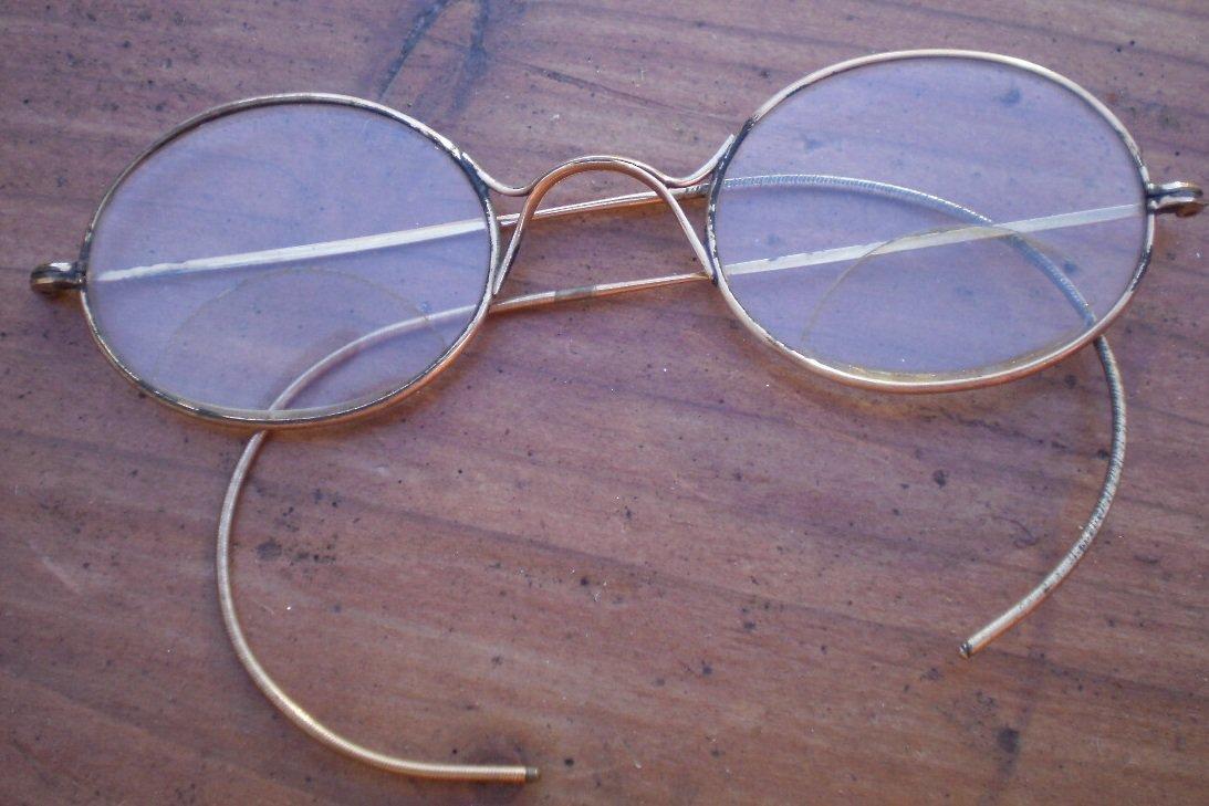 Vintage Gold Tone Eyeglasses Wire Rim Metal Glasses