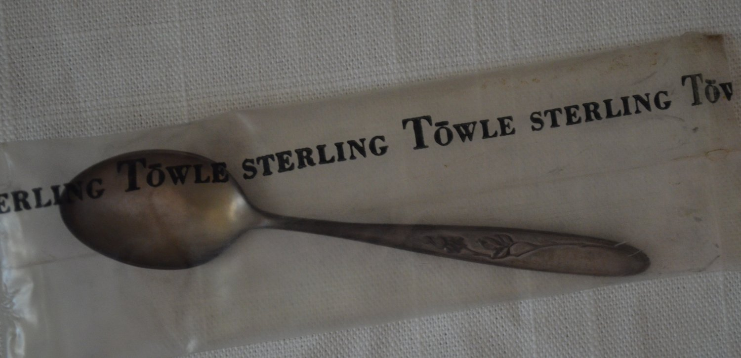 """Vintage Sterling Silver Towle Rose Solitaire 4.25"""" Infant Baby Spoon Salt NOS"""