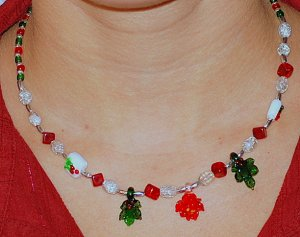 Yule necklace
