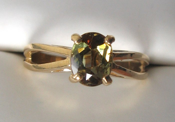 1.10 ct Andalusite 14K Solid Yellow Gold Ring