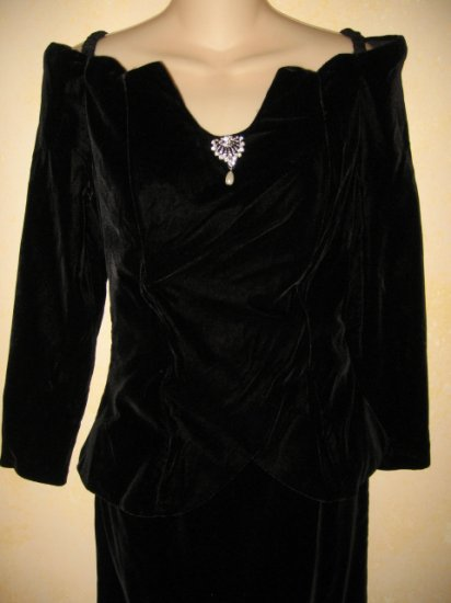 Formal~  BARI PROTAS~Elegant BLK VELVET Off Shoulder GOWN 5/6
