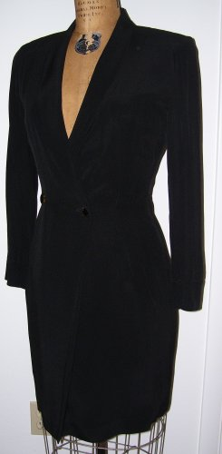 Gorgeous Jil Sander black coat/dress 4 6