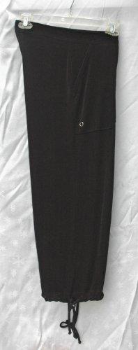 CHICO's TRAVELERS Black Slinky Capris - Chico's Size 0 - Small Medium