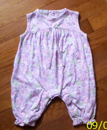 Precious LN girls 3 mos Honey Pot floral romper/outfit