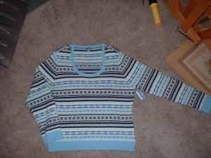 Ladies Plus Size XL Sweater NEW with tags.  PRICE REDUCED!  Shipping INCLUDED!