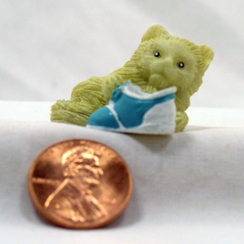 White Kitten 1:12 Dollhouse Miniature
