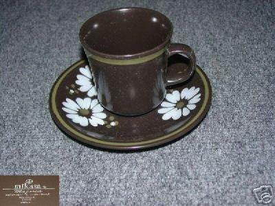 Mikasa Ravenna 4 Cup and Saucer Sets - MINT