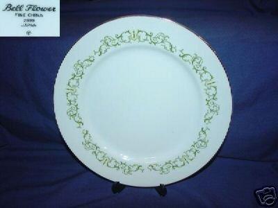 Fine China of Japan Bell Flower 6 Dinner Plates