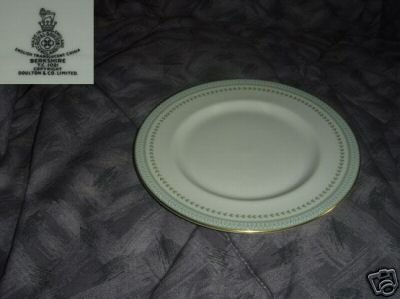 Royal Doulton Berkshire 2 Dinner Plates