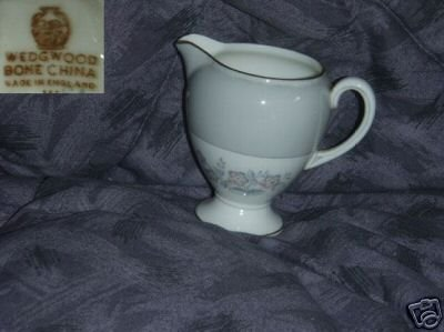 Wedgwood Grey Friar - Pink 1 Cream Pitcher ( Creamer )