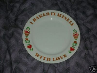 Avon 1982 Baked with Love Plate