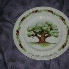 "Avon Wedgwood ""The Great Oak"" 5th Anniversary Plate"