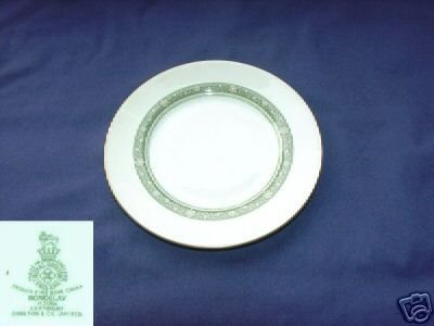 Royal Doulton Rondelay 4 Bread and Butter Plates MINT