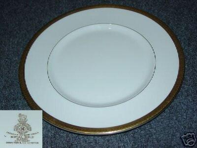 Royal Doulton Royal Gold 1 Dinner Plate - MINT