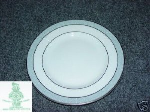 Royal Doulton Etude 5 Bread and Butter Plates - MINT