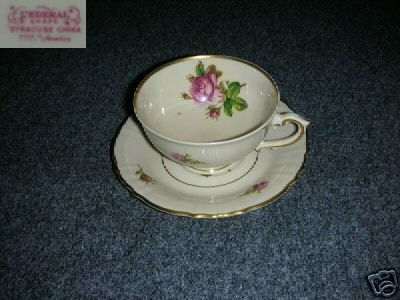 Syracuse Victoria 4 Cup and Saucer Sets